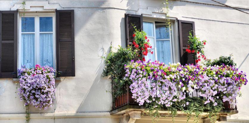 03 Balcony in Setra